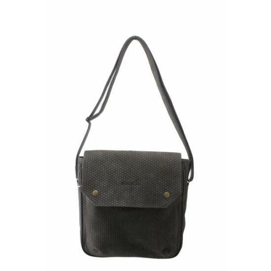 Férfi fedeles táska