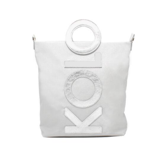 ezüst betűs táska